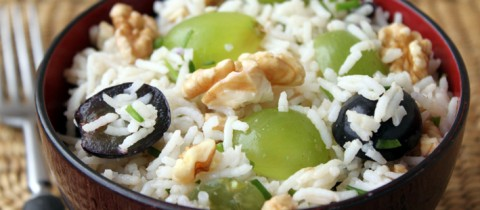 Arroz con uvas y nueces